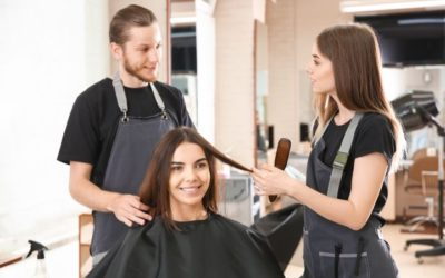 5 Signs You Should Enroll in Cosmetology Courses