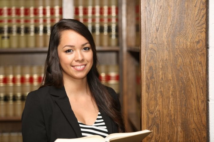 Is an Associate Degree in Paralegal Studies Worth It?