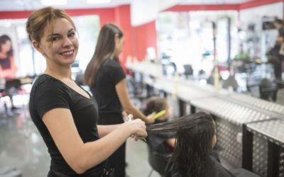 Cosmetology Programs Near Me: Why You Should Go to Beauty School!